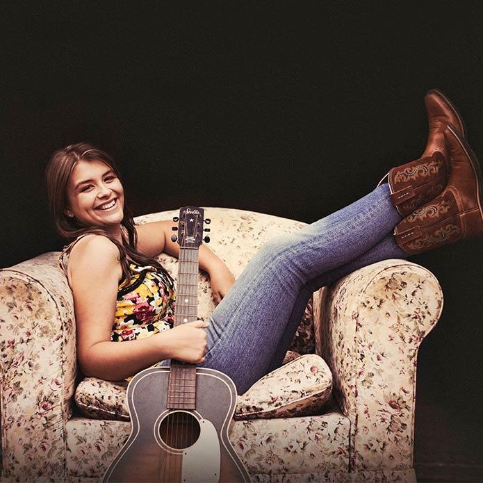 Alice Benfer - Guest Artist Munna Creek Country Music Walk Up