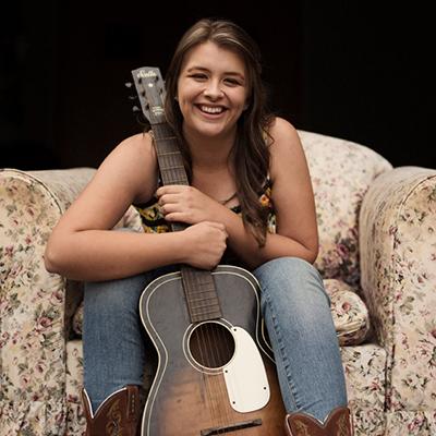 Alice Benfer, Guest Artist - Munna Creek Country Music Walk Up